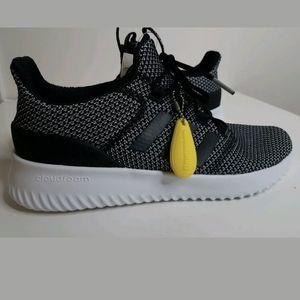 New Womens Adidas Cloudfoam sz 9 1/2 Running Shoes